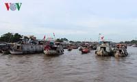 Turismo vietnamita atrae una gran cantidad de viajeros en días festivos