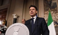 Giuseppe Conte jura como primer ministro de Italia