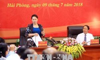 Líder parlamentaria vietnamita se reúne con autoridades de Hai Phong
