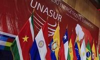 Bolivia llama a Colombia a revisar su decisión de retirarse de Unasur