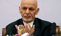 Presidente afgano anuncia un alto el fuego con los talibanes