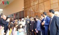Premier francés asiste a la inauguración de la nueva sede de la escuela Alexandre Yersin en Hanói