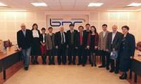 สถานีวิทยุเวียดนามผลักดันความร่วมมือกับสถานีวิทยุประเทศจีนและบัลแกเรีย