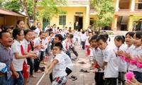 """5 ปีการปฏิบัติขบวนการแข่งขัน """"สร้างสรรค์โรงเรียนที่เป็นมิตรและนักเรียนมีส่วนร่วมอย่างเข้มแข็ง"""""""