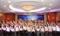 กิจกรรมที่หลากหลายสำหรับเยาวชนที่อาศัยในต่างประเทศในค่ายฤดูร้อน2015