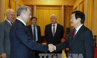ประธานประเทศให้การต้อนรับผู้ว่าการจังหวัดคาลูก้าของรัสเซีย