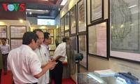 """งานนิทรรศการแผนที่และเอกสารเกี่ยวกับ """"หว่างซา เจื่องซาของเวียดนาม-หลักฐานทางประวัติศาสตร์และนิตินัย"""""""