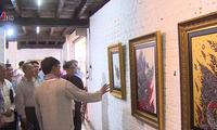 """งานนิทรรศการศิลปกรรม """"การเชื่อมโยงฝั่งแม่น้ำโขง"""" เวียดนาม ลาว ไทย"""