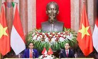 เวียดนามและอินโดนีเซียออกแถลงการณ์ร่วมเกี่ยวกับการผลักดันความสัมพันธ์หุ้นส่วนยุทธศาสตร์