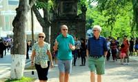 นักท่องเที่ยวต่างชาติที่เดินทางมาเที่ยวเวียดนามบรรลุ 14.1 ล้านคน