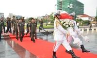 กัมพูชาแสดงความสำนึกในบุญคุณต่อวีรชนทหารพลีชีพเพื่อชาติ ทหารอาสาสมัครเวียดนามที่เสียสละเลือดเนื้อในกัมพูชา
