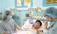 เวียดนามประสบความสำเร็จในการปลูกถ่ายไตจากผู้บริจาคสมองตายให้แก่เด็กครั้งแรก