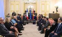 ประธานวุฒิสภาฝรั่งเศสเผยว่าจะพยายามผลักดันให้อีวีเอฟทีเอได้รับการอนุมัติในปี 2019