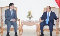 นายกรัฐมนตรี เหงียนซวนฟุก ให้การต้อนรับผู้ว่าการธนาคารแห่งประเทศไทย
