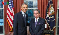 US President looks forward to closer ties with Vietnam