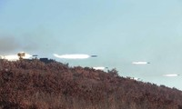 朝鲜举行战斗演习