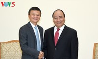 Alibaba Chairman urged to help boost e-commerce in Vietnam