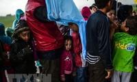 Greek islands overloaded with migrants