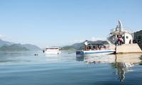 Tourist attractions along Đà river