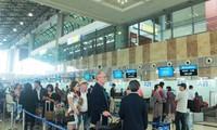 Air passengers in Vietnam surpass 100 million