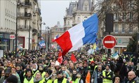 France's Yellow Vest protesters hit streets again