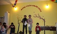 Vietnamesen in Griechenland und in den Niederlanden feiern das Neujahrsfest Tet