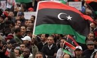 Tausende von Libyern protestieren gegen das Parlament