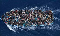Italien rettet mehr als 200 illegale Flüchtlinge im Mittelmeer