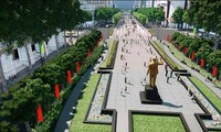 Atmosphäre in Ho Chi Minh Stadt bei der Feier des Sieges vom 30. April 1975