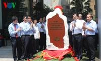 Einweihung der Steinstelle zum 60. Jahrestag des VOV-Besuchs des Präsidenten Ho Chi Minh
