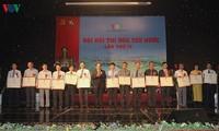 """Landeskonferenz zum Patriotismuswettbewerb des Radiosenders """"Die Stimme Vietnams"""""""