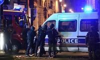 Internationale Gemeinschaft verurteilt scharf die Terrorangriffe im französischen Paris