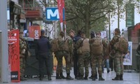 Frankreich und Belgien verstärken Razzien gegen Terroristen