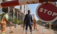 Fotos der Verdächtigen bei der Geiselnahme in Mali veröffentlicht