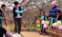 Die Farben des Neujahrsfests Tet der ethnischen Minderheiten in den Bergregionen