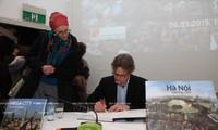 Altes und modernes Hanoi in Augen des deutschen Doktoren Michael Waibel