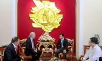 Vietnam und USA verstärken Zusammenarbeit im humanitären Bereich