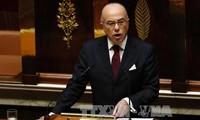 Sieg des neuen Premierministers Frankreichs bei Vertrauensabstimmung der Nationalversammlung