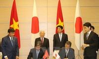 Japanische Medien berichten über den Vietnambesuch des japanischen Premierministers