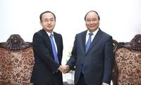 Premierminister Nguyen Xuan Phuc empfängt den JETRO-Leiter in Vietnam