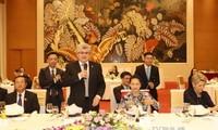 Der schweizerische Ständeratspräsident beendet seinen Vietnam-Besuch