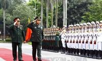 Freundschaftlicher Austausch an der Grenze zwischen Vietnam und China