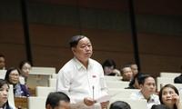 Parlament diskutiert über das Gesetz zu Messung und Landkarten