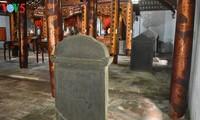 Besuch im Literaturtempel Xich Dang