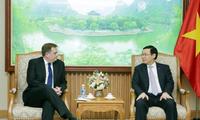 Vizepremierminister Vuong Dinh Hue: Vietnam schafft günstige Bedingungen für ausländische Unternehme