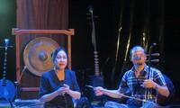 Musikband Dong Kinh Co Nhac erneuert folkloristische Musik