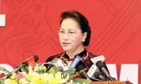 Parlamentspräsidentin Nguyen Thi Kim Ngan empfängt Delegation des russischen Parlaments