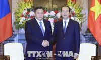 Staatspräsident Tran Dai Quang empfängt den mongolischen Parlamentspräsident