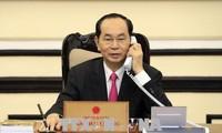 Staatspräsident Tran Dai Quang führt Telefongespräch mit US-Präsidenten Donald Trump