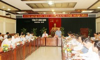 Leiter des Sekretariats tagt mit Leitern der Provinz Binh Dinh